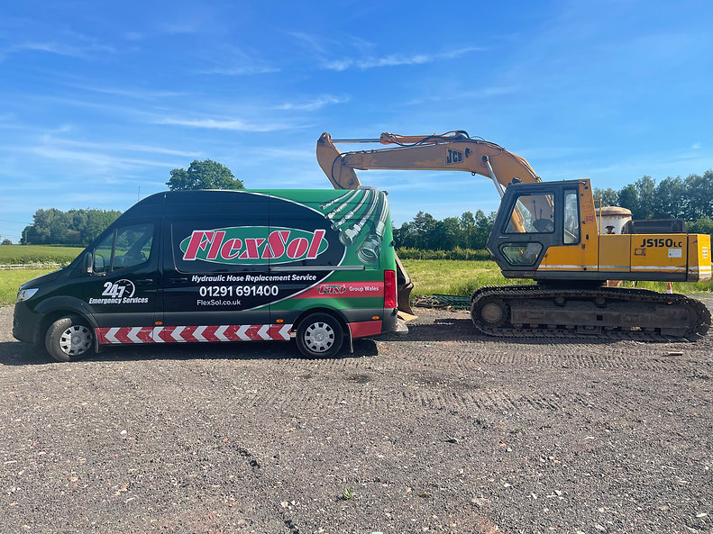 Flexsol Maintenance Vehicle providing field support to earth moving equipment