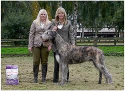 IWDotY  Best Puppy - Whitglen Leader - Anderson and White.jpg