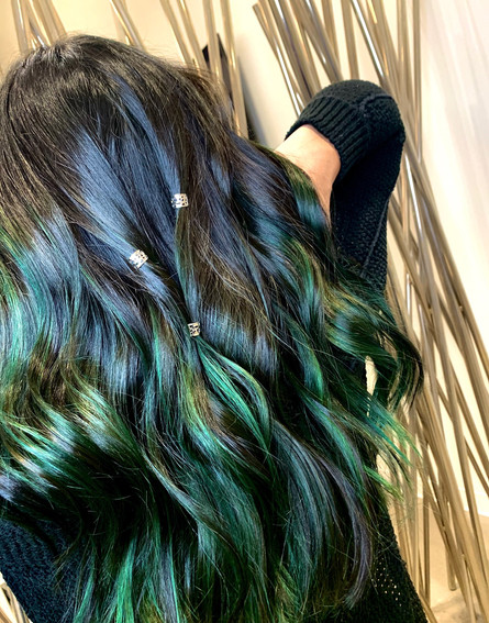 Green Hair don't Care!