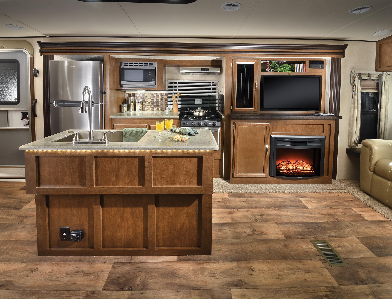 Heritage_Glen_272RL_kitchen_&_entertainment