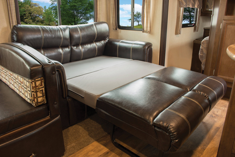 Hemi-HG-68-inch-sofa-2017