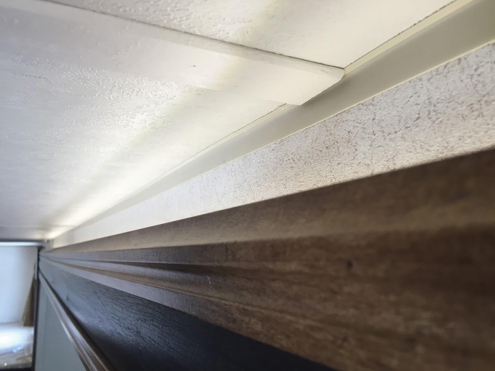 AboveSlide_LED