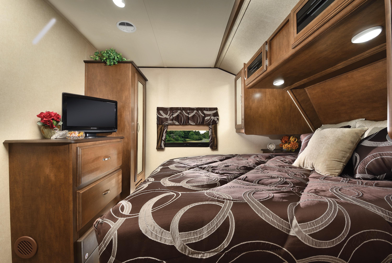 Heritage_Glen_272RL_bedroom
