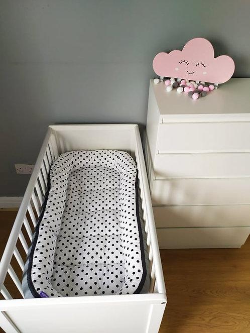 Dots Baby Nest XXL