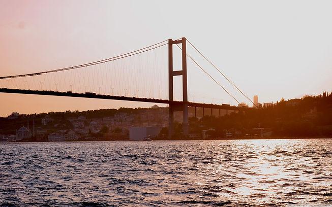 istanbul_bridge-wallpaper-2880x1800.jpg