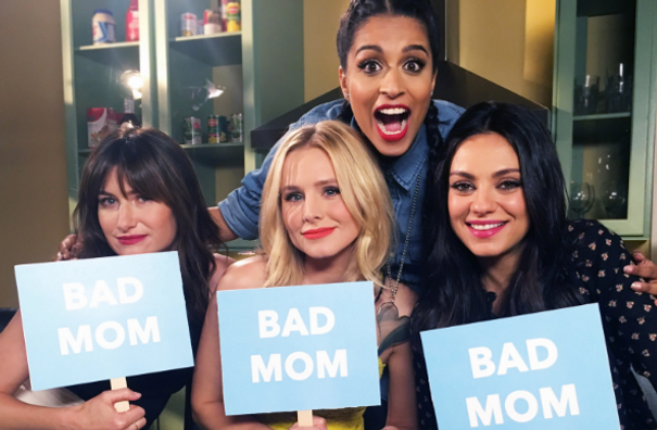 Bad Mom Christmas.Casting For Stand Ins For Mila Kunis Kristen Bell And