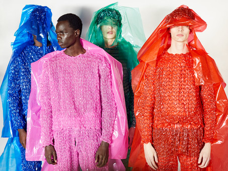 Você acredita que o plástico é um vilão na indústria da moda?