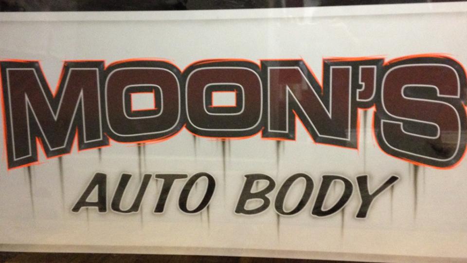 100-Moons logo