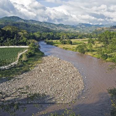 1157642_river-in-copan-ruins.jpg