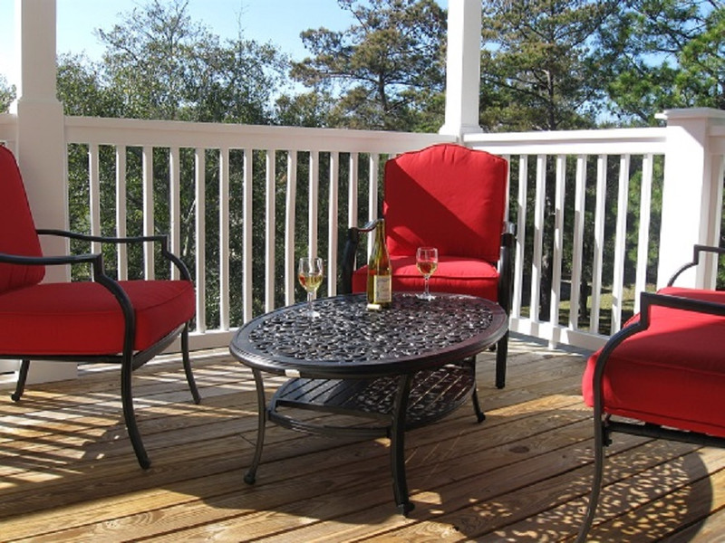 TM2 Upper Deck Seating Wine