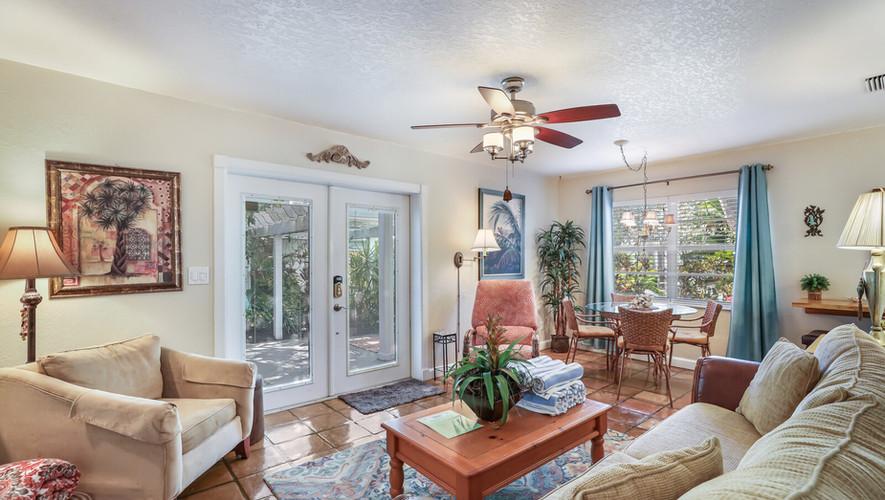 Bird of Paradise luxurious living room