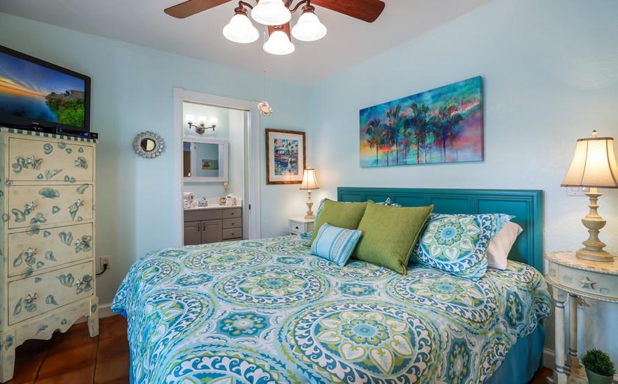 Orchid Villa beautiful King bedroom