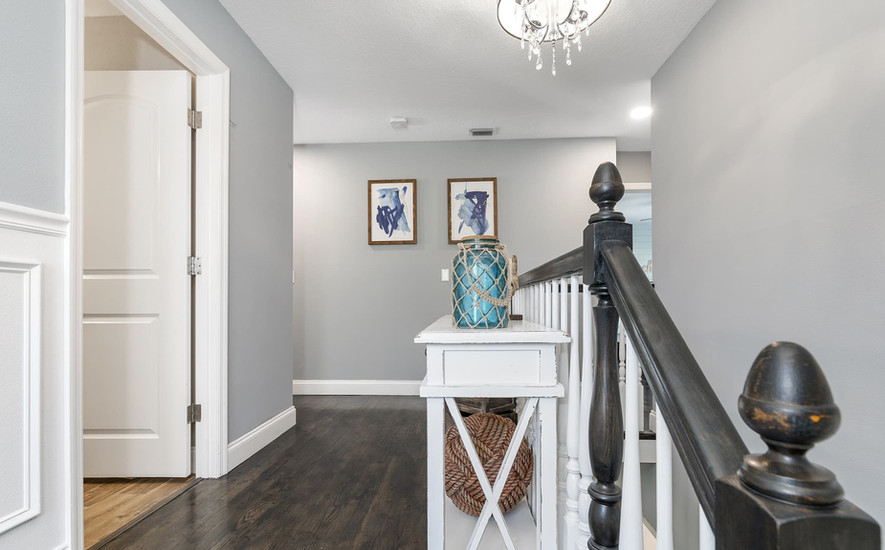 Upstairs hall to bedrooms
