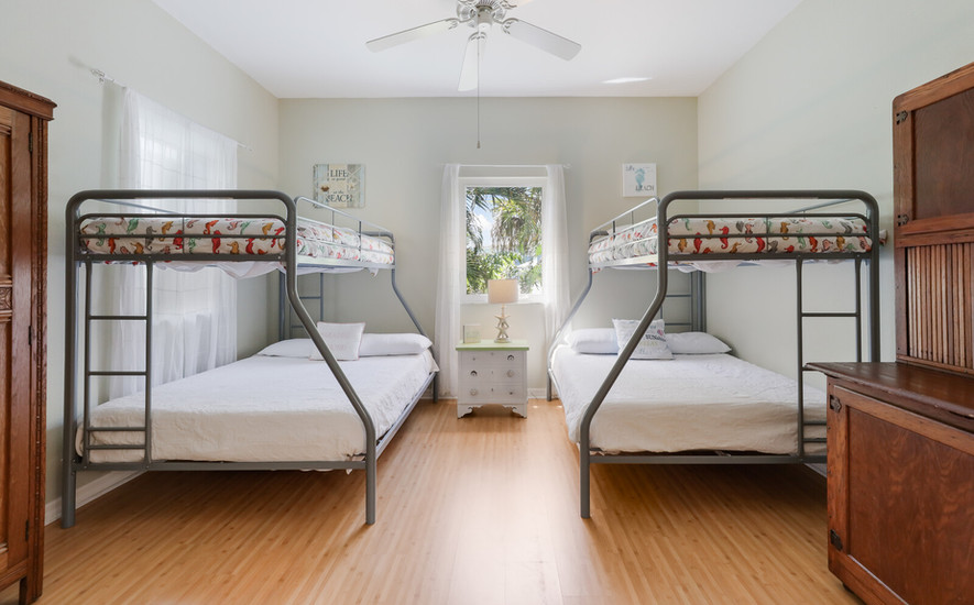 Third bedroom, twins over full bunk beds