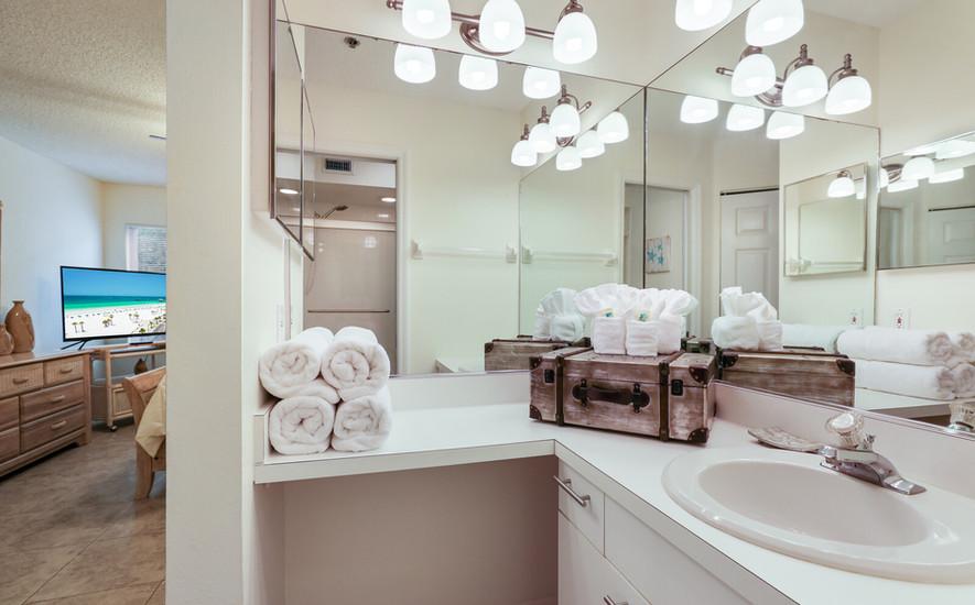 Pelican Bathroom 2