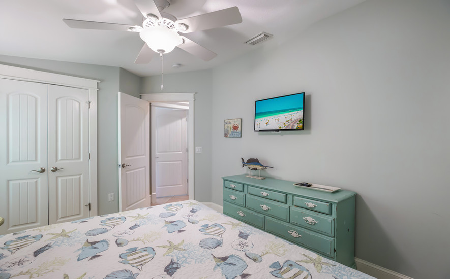 Bedroom 2 - Cable TV