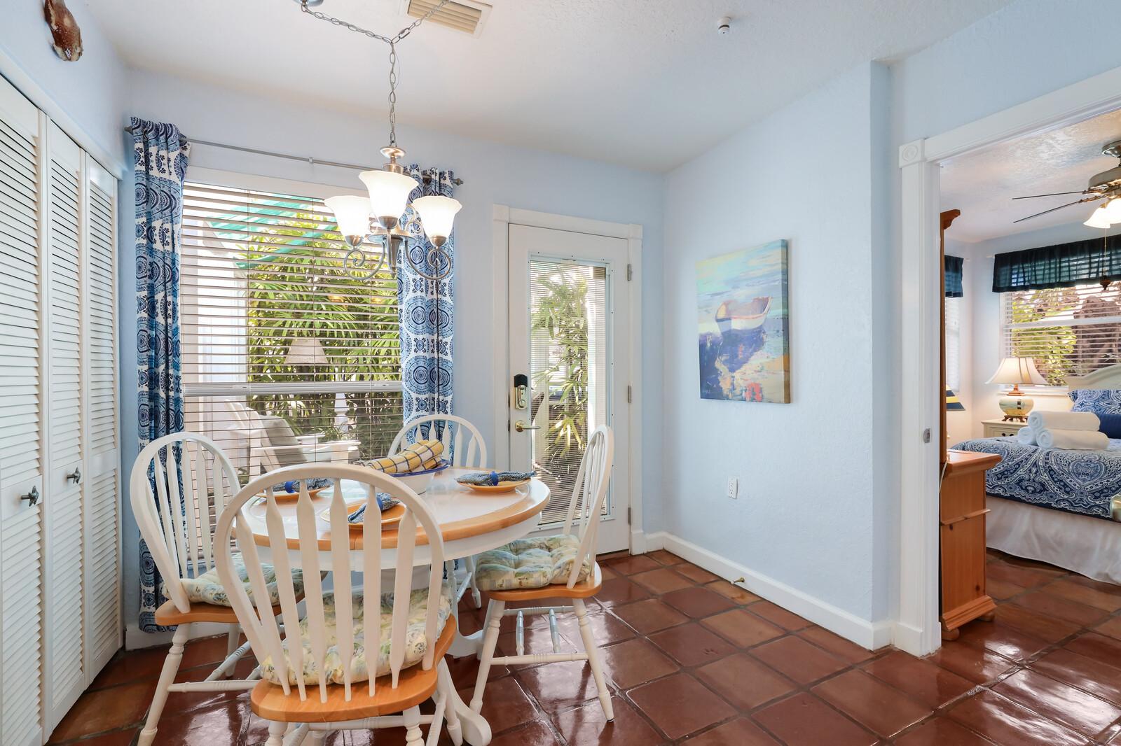 Oleander Villa dining room