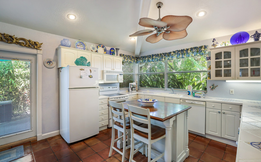Orchid Villa large kitchen