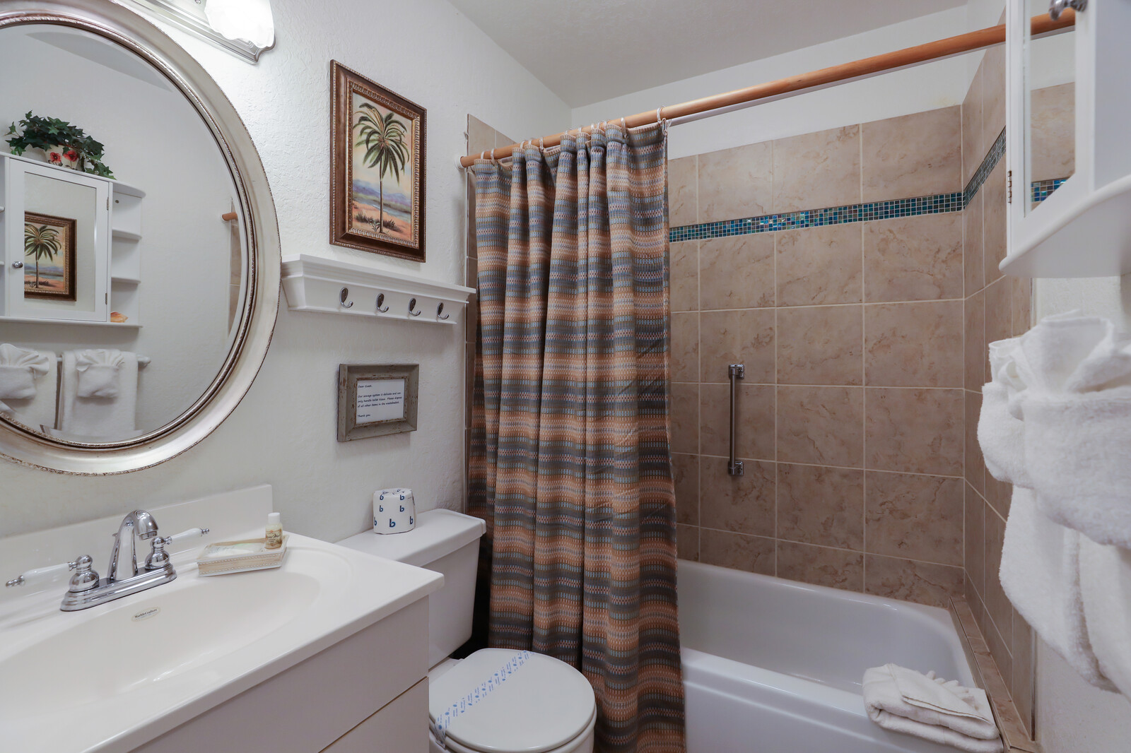 Frangipani Villa second full bath