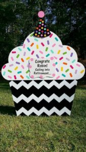 cupcake sign, retirement