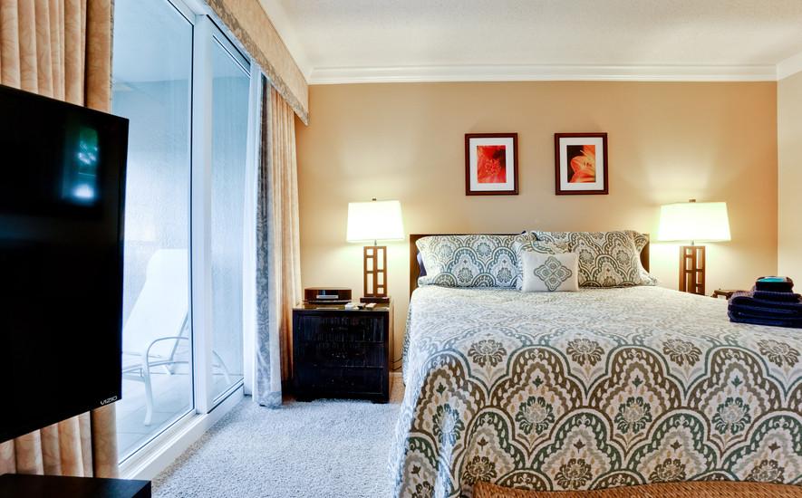 Amazingly comfortable King bed