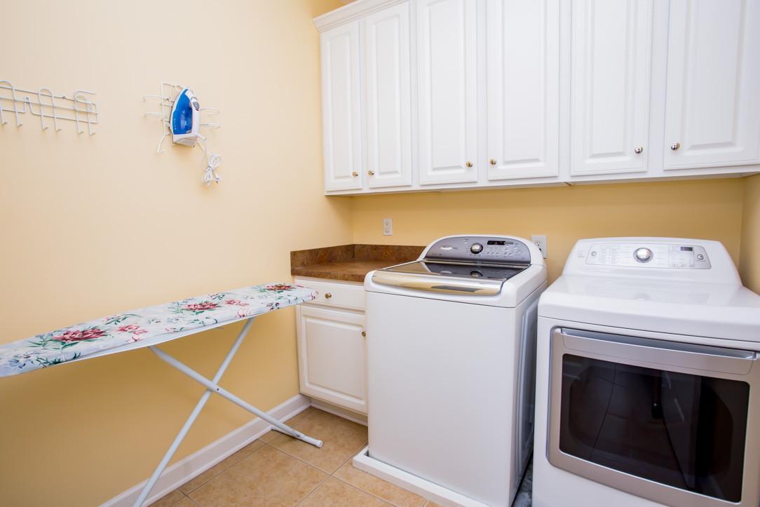 34 Flam Laundry Rm BK
