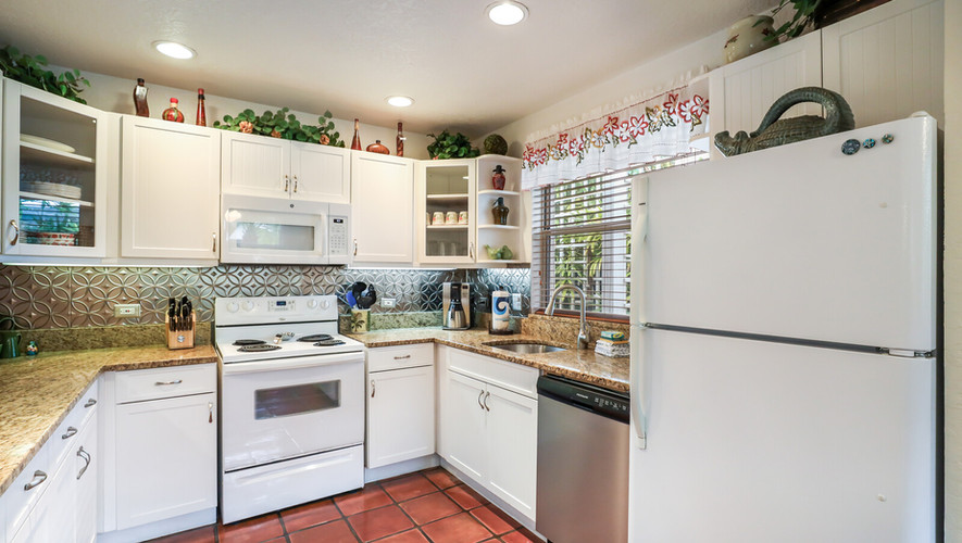 Palm Villa fully equipped kitchen