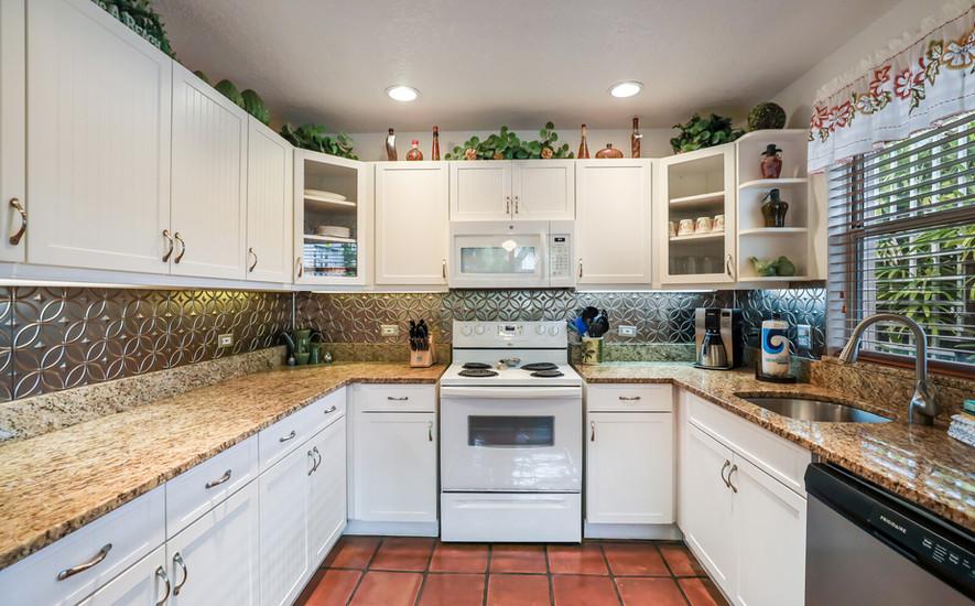 Palm Villa large kitchen