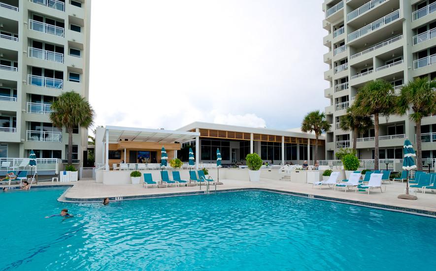 Amazing resort pool