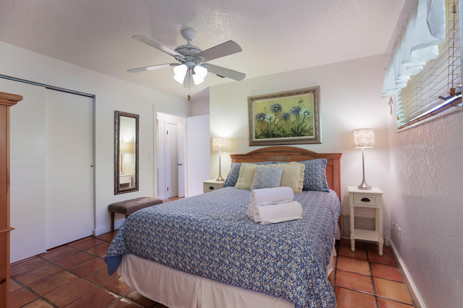 Frangipani Villa Queen bedroom