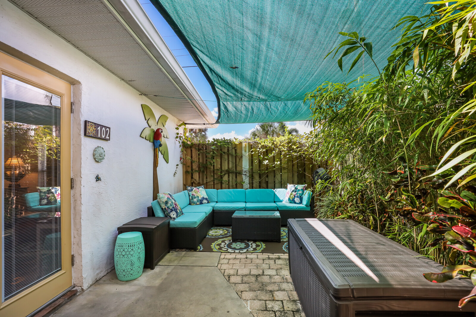 Orchid Villa huge secluded patio