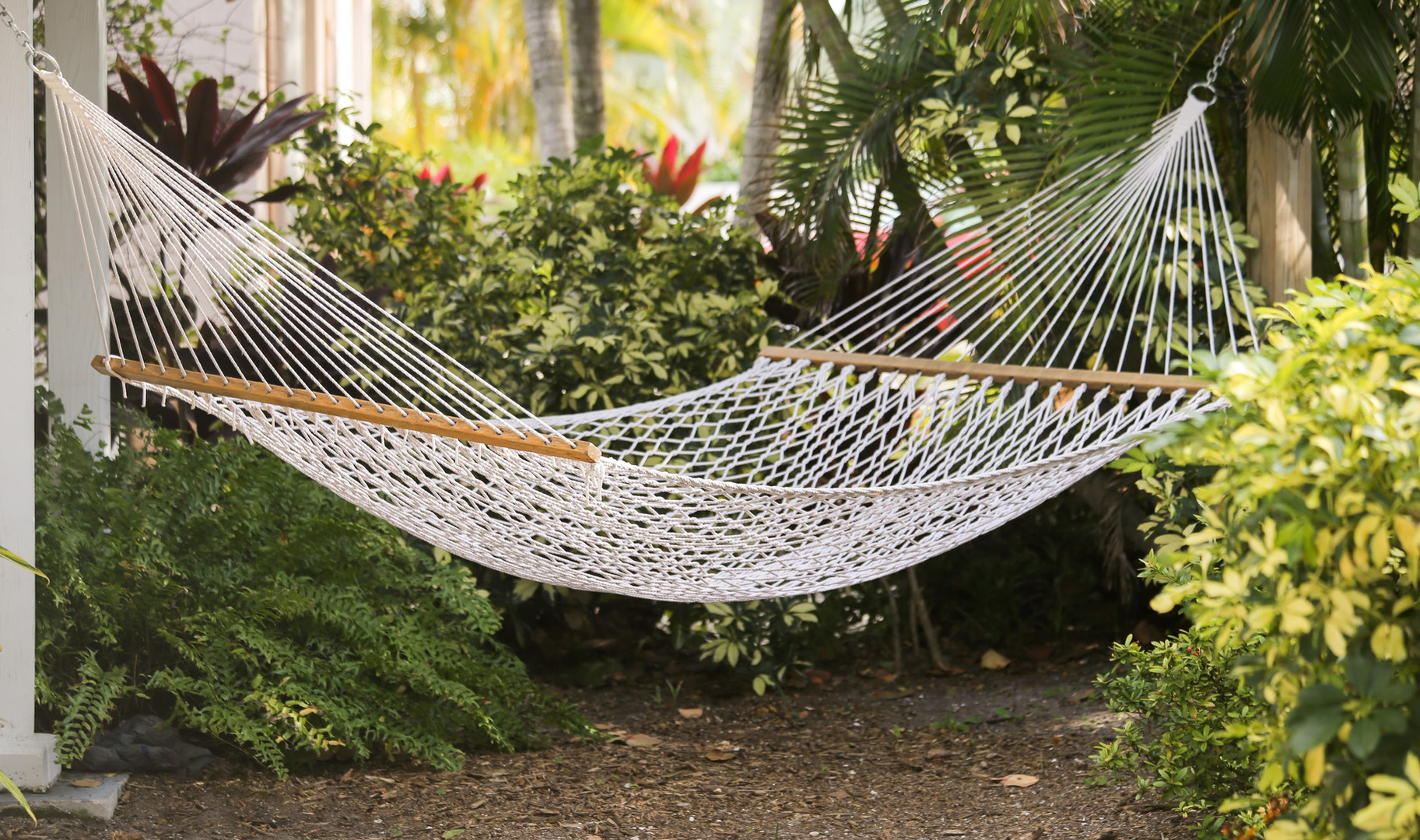 Private patio with hammock