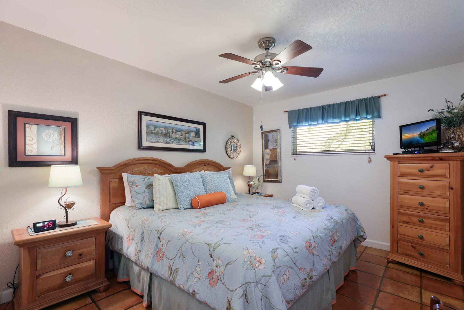 Frangipani Villa King bedroom