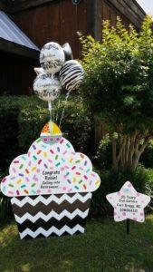 cupcake sign, graduation