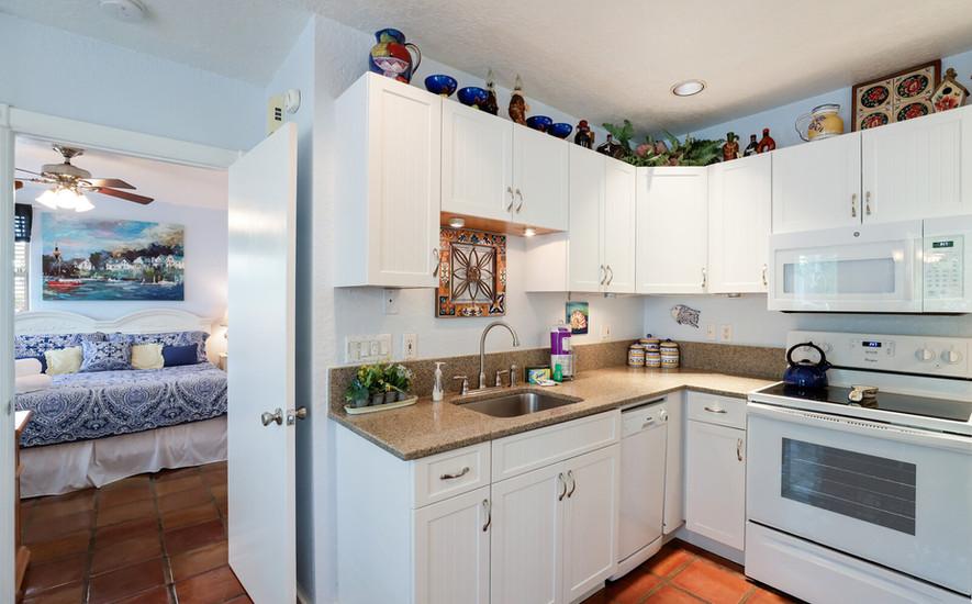 Oleander Villa full kitchen