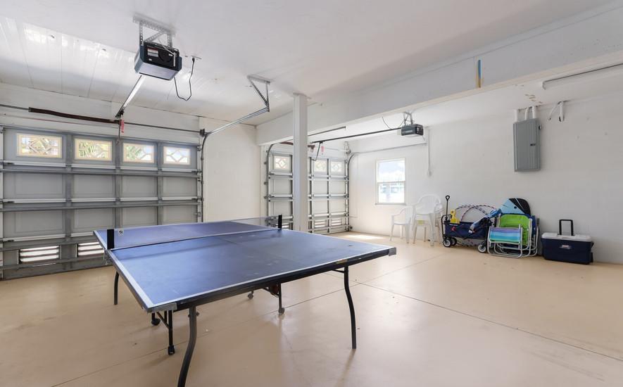 Garage ping pong area