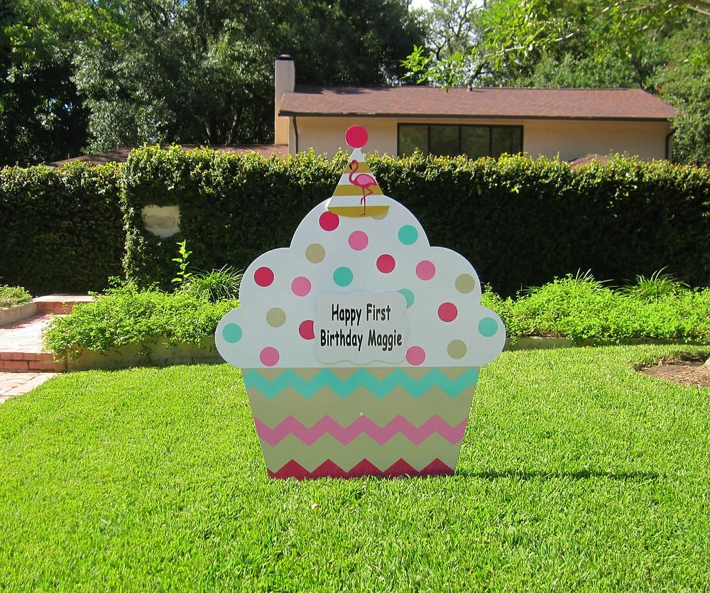 cupcake sign, yard, birthday