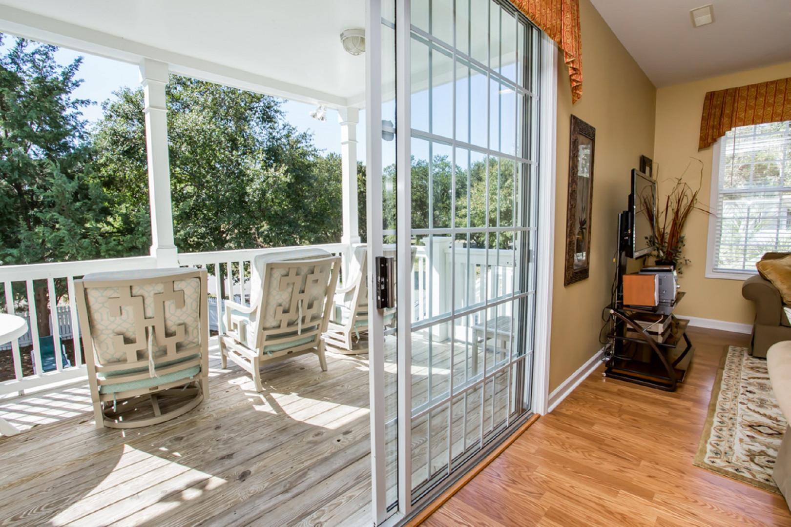 TM2 Main Level Rear Porch v1 BK