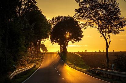 road-2952040_1920.jpg