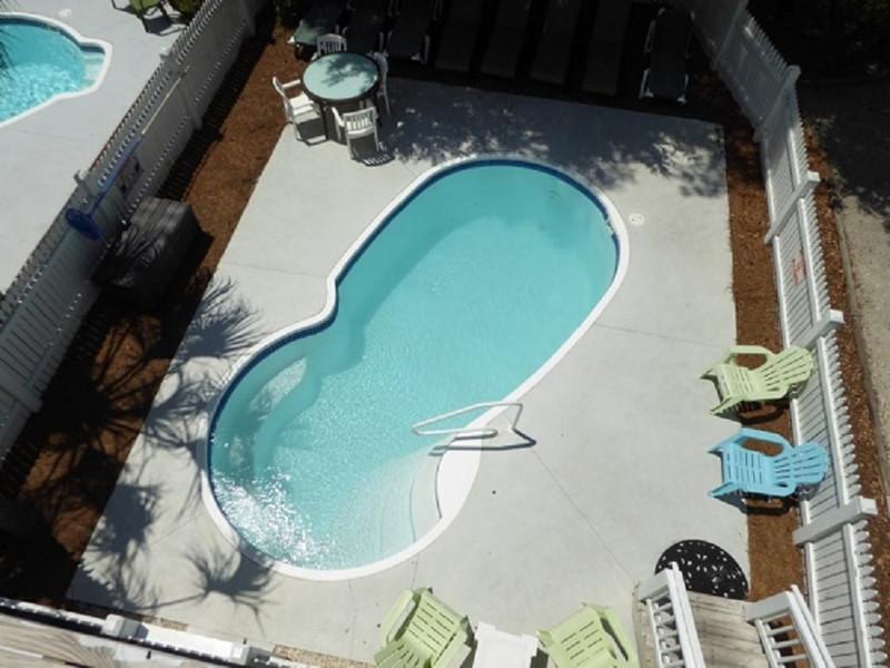 TM2 Pool View Upper Deck