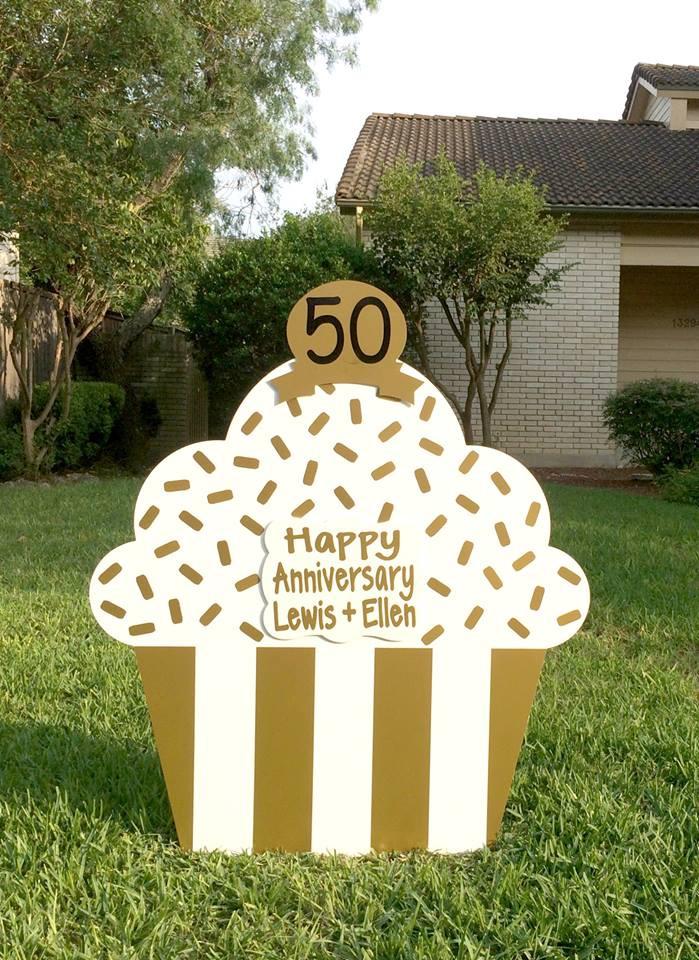 cupcake sign, celebration, anniversary