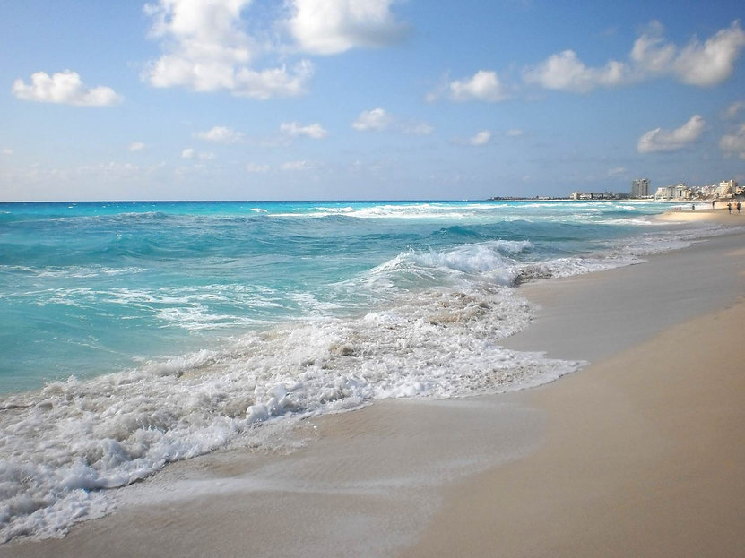 Cancun water.jpg