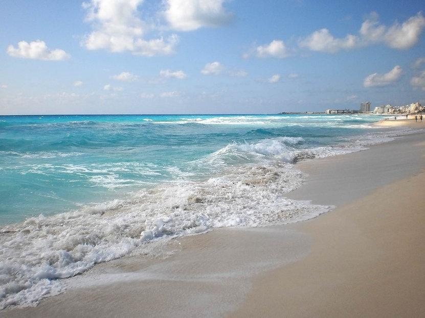 Cancun water.jpg
