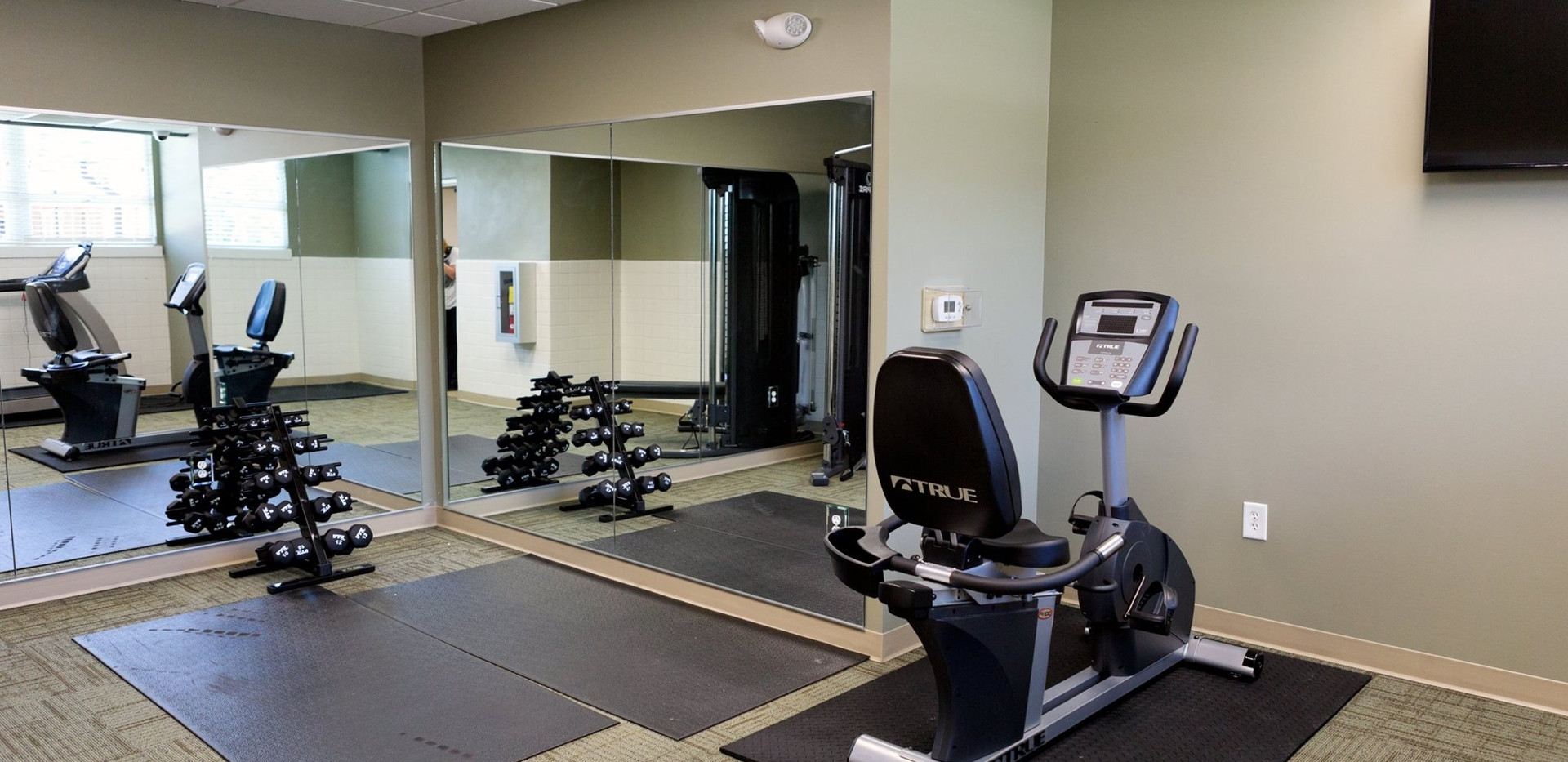 Hunt Apartments Interior2.jpg