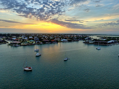 marco beach, awesome apollo, esplanade, beachfront condo, oceanfront condo, marco sunsets, 34145, paradise, rentals, vacations, gulf of mexico, southwest florida