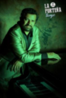 Federico Peuvrel pianista de Tango en España
