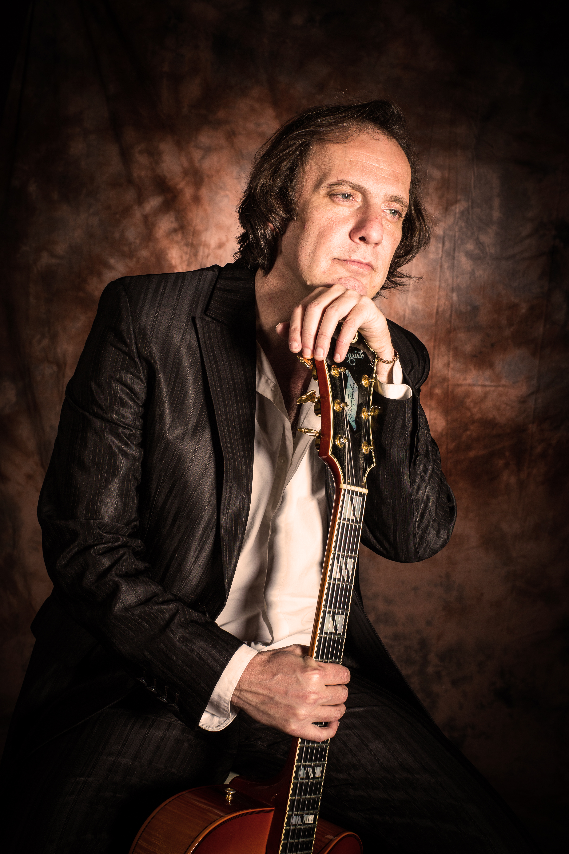 Alejandro Picciano | Guitarrista de