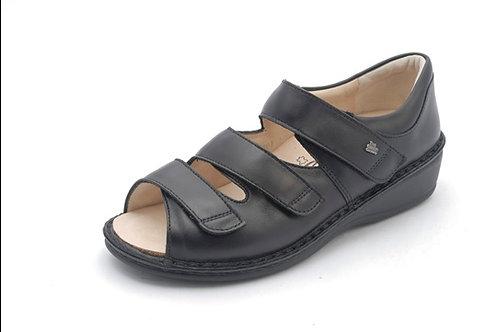 Finn Comfort Sandale mit geschlossene Fersenkappe schwarz