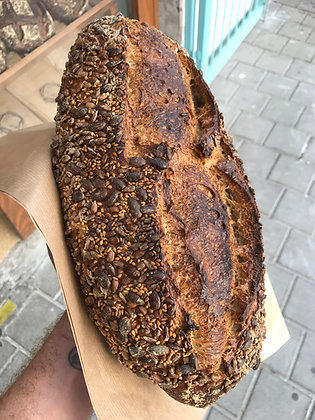 Toasted Seeds Bread / לחם פיצוחים / 750 גרם