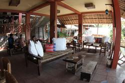 2nd level lounge.